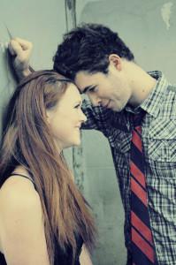 7 Faktor yang Membuat Pria Tertarik pada Wanita di kategori Love