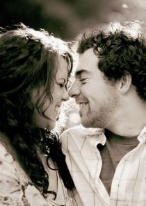 8 Hal Yang Membuat Wanita Menarik Di Mata Pria di kategori Love