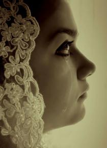 9 Hal yang Membuat Wanita Menangis di kategori Love