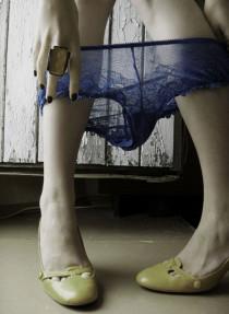 Intip 15 Karakter Wanita Lewat Tipe Underwear Favorit di kategori Fashion