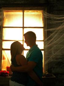 Efek Luar Biasa dari Sebuah Pelukan Suami Istri di kategori Love