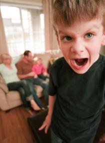5 Tips Mengendalikan Emosi terhadap Kenakalan Anak di kategori Parenting
