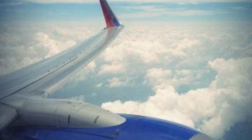 11 Tips Agar tetap Tenang selama Penerbangan