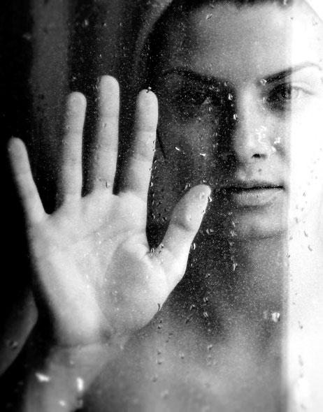 5 Efek Buruk Mandi di Malam - Gaya Hidup : 5 Efek Buruk Mandi di Malam Hari