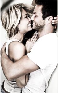 5 Keuntungan Pacaran dengan Pria yang Jauh Lebih Tua di kategori Love