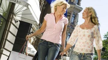 7 Alasan Mengapa Wanita Gemar Belanja