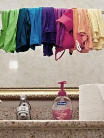 Jangan Jemur Pakaian di dalam Rumah di kategori Gaya Hidup