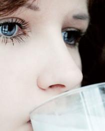 Karakter Wanita Berdasarkan Minuman Favorit di kategori Kecantikan