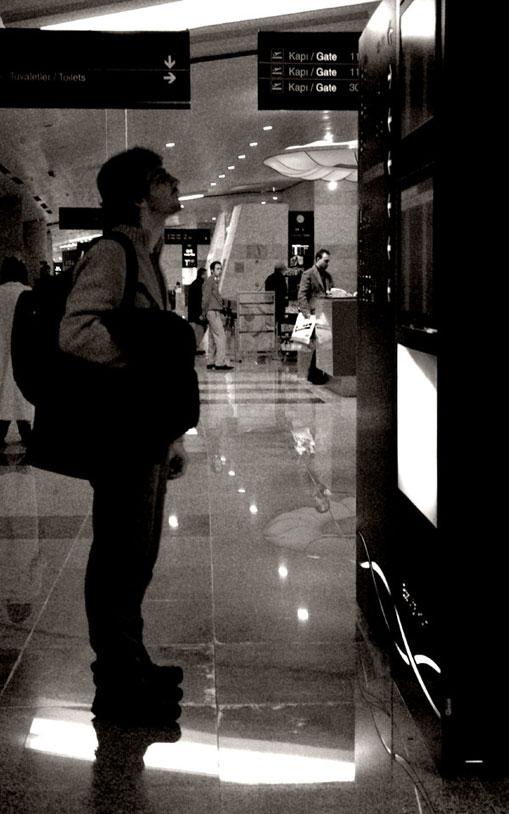 tips mengisi waktu luang sa - Wisata : 6 Tips Mengisi Waktu Luang saat Penerbangan Ditunda
