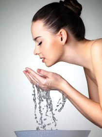 6 Cara Mengatasi Kulit Lelah di kategori Kecantikan